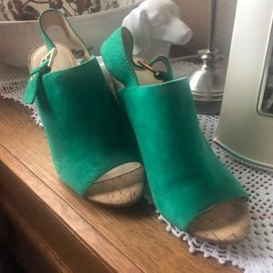 Awesome Kelly Green Sandals